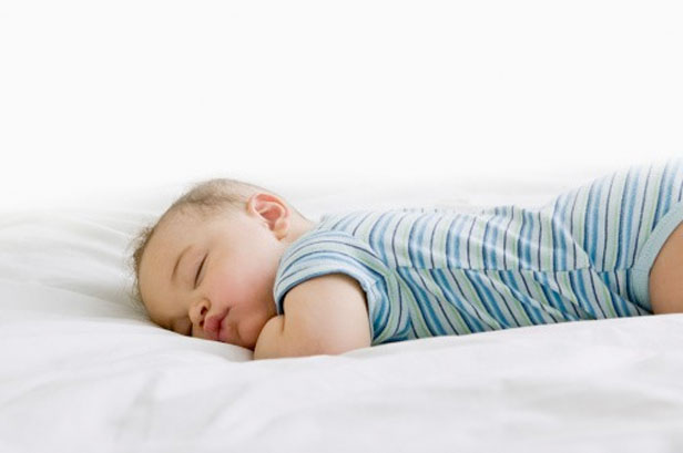 Toxic Free Nursery: Choosing a Healthier Crib Mattress - Yoli's Green Living
